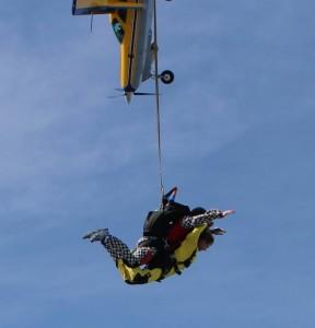Caravan Swoops a Tandem Skydiving Descent